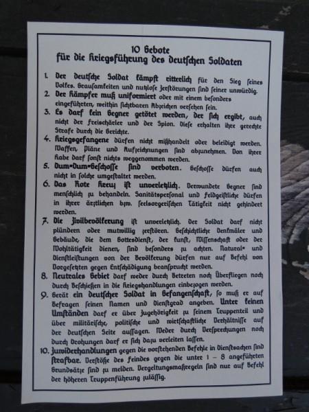 """Einleger """"10 Gebote für die Kriegsführung des Deutschen Soldaten"""""""