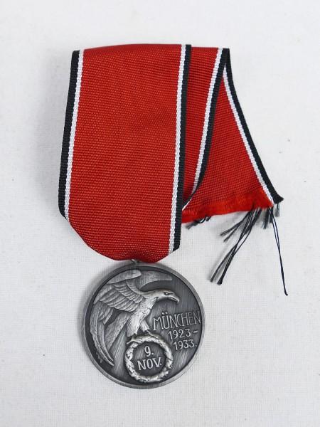 Ehrenzeichen Partei 9.November 1923 Feldherrnhalle Blutorden am Band