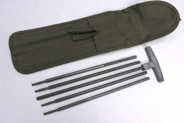 Original WW2 US Army M15 Cleaning Rod + Case / Putzstab + Tasche für 50 Cal. 1944